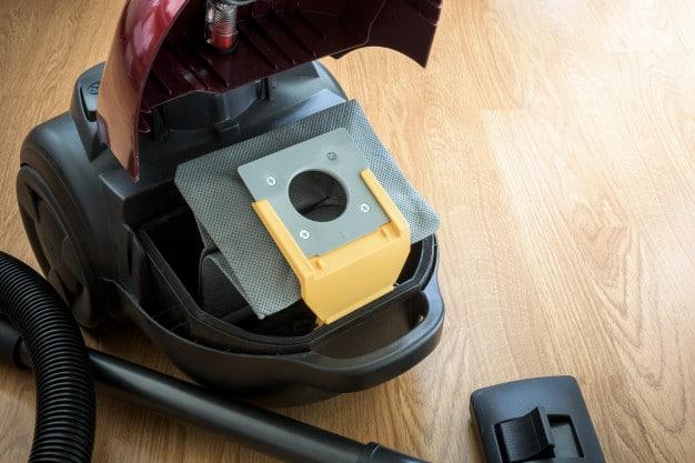 inside-vacuum-cleaner-dust-bag