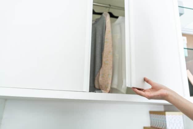 hand-open-wardrobe
